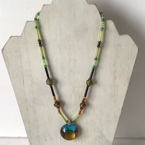 Multiple color beads necklace